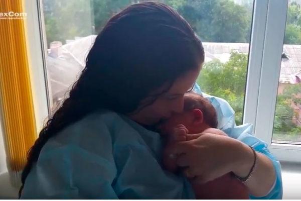 03/09/2017 – Lior bebeğin hastaneden bırakılması
