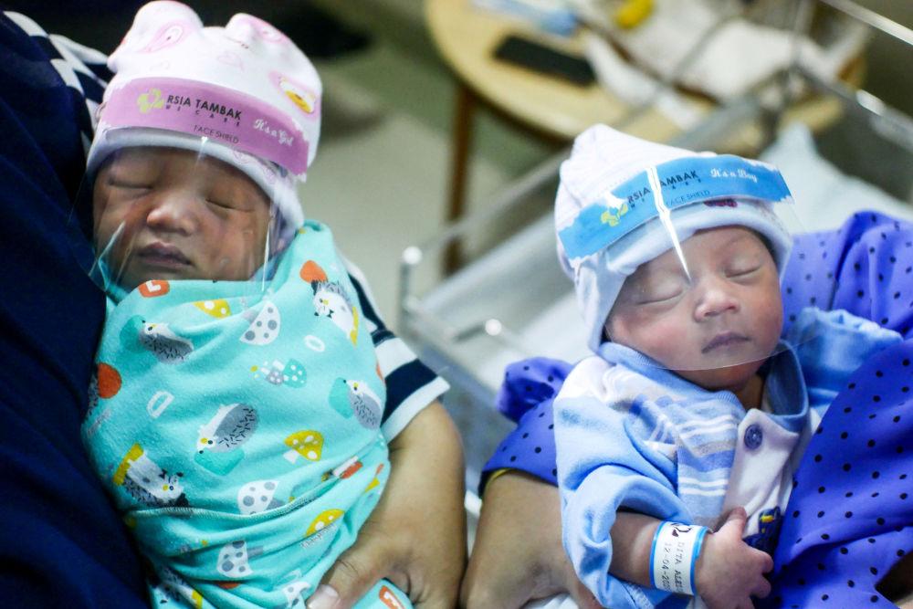Koronavirüs pandemisinde Taşıyıcı Annelerden doğan bebekler!